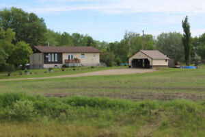 1,400 SF Bungalow for Sale on 2.57 Acres near Roblin, MB!