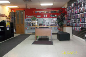 Cell Phone Store Prime Location Next to A&W & Major retail store
