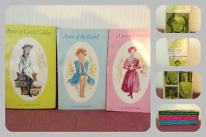 Vintage Anne of Green Gables Softcover Books in Case circa 1942 London Ontario image 1