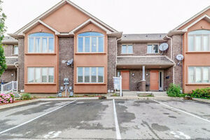 FULLY FINISHED TOWNHOME IN KALAR ROAD!!!