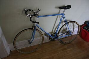 Large Raleigh Record Road Bike