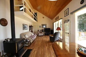 Gorgeous Lakefront Home with Beachfront & Shop on Horsefly Lake! Williams Lake Cariboo Area image 4