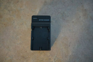 Travel Home Wall Charger for Canon LP-E6 Battery Gatineau Ottawa / Gatineau Area image 1