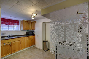 IN-LAW SUITE - Updated Home near St. Mary's and Downtown Kitchener / Waterloo Kitchener Area image 8