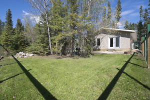 Candle Lake Cabin for sale - 1 Akre's Cove - Built in 2014