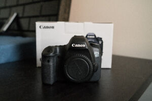 LNIB Canon 6D (Body Only) $1050 OBO Priced to Sell!
