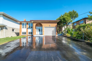 3 Bedroom, 2 Bathroom Beautiful FULLY RENOVATED unit for lease