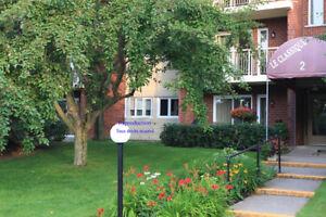 Condominium / Appartement 41/2 a louer a la semaine