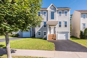 Excellent House in Clayton Park West – Available Immediately