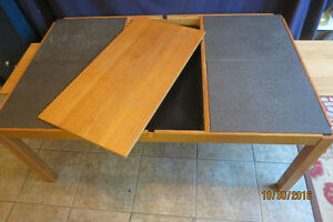 COFFEE TABLE MADE IN DENMARK-SLATE AND LIFT TOP! West Island Greater Montréal image 5