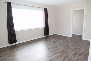 2 Bedroom Pet Friendly Upper Duplex Available Today