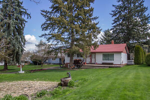 Salmon Arm - 1.7 Acre Property with 1,092sqft Home