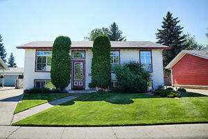 ***Move-In Ready Ormsby Home***