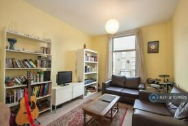 2 bedroom flat in Heyworth Road, Hackney, E5 (2 bed) (#1071925)