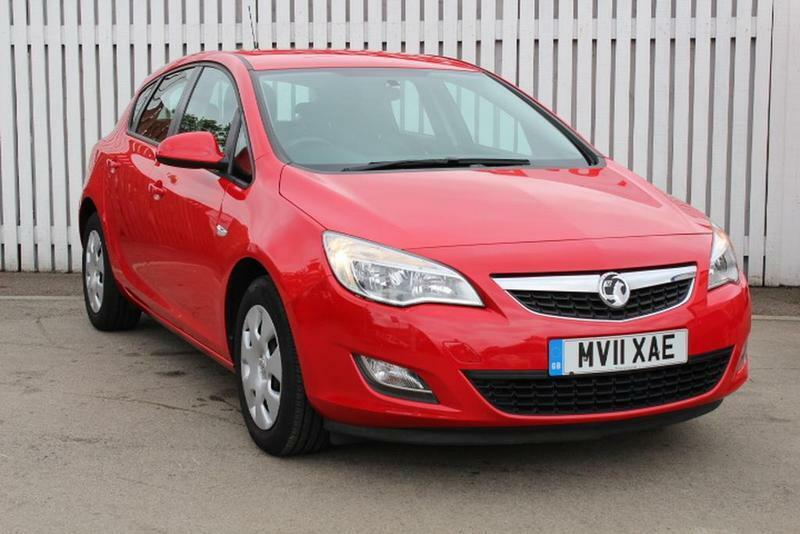 vauxhall astra 1 6i 16v exclusiv 5 door  red  2011 in bletchley  buckinghamshire gumtree 2018 Opel Insignia 2014 Opel Insignia