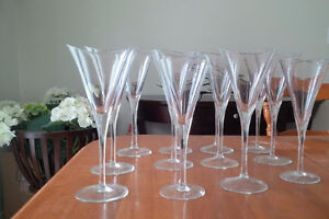 Crystal Glasses Luminescence Handcrafted In Romania