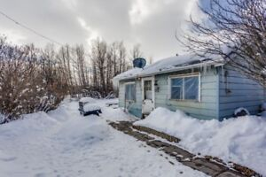 Fixer Upper Property for sale, Turner Valley **Great opportunity
