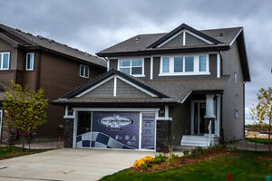 3 Car Garage Home on HUGE Park in Cy Becker - Northeast Edmonton