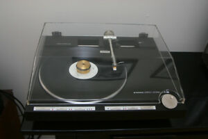 Pioneer PL-L1000 turntable linear tracking vinil record player