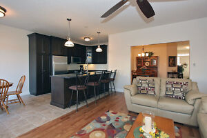 Better Than New! Spacious Bungalow in Riverwood Kitchener / Waterloo Kitchener Area image 4