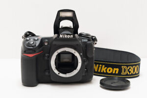 Nikon D300 with battery pack