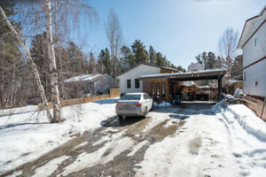 JUST LISTED - 42-13th Avenue - REALTOR® Felix Robitaille