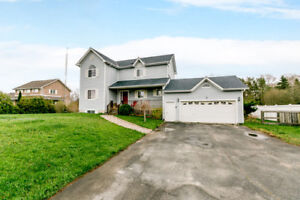 Absolutely stunning 3 bdrm country home in New Lowell!