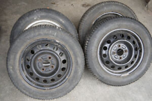 Hercules Polar Trax Winter Tires 175/65R14 & Steel Rims •Toyota