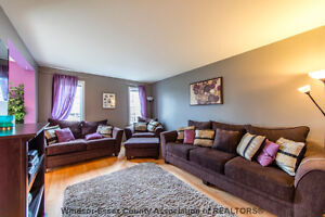 Extremely Clean 2 story Townhome in Tecumseh
