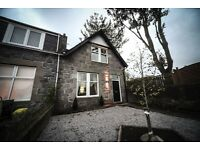3 bedroom house in Burns Gardens, West End, Aberdeen, AB15 4PW