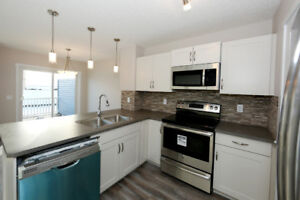 Pet Friendly SemiDuplex Single Garage Leduc January 2019 $1645