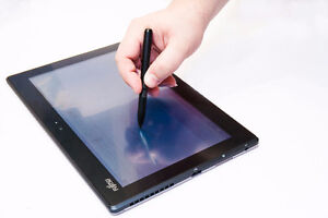 Fujitsu Stylistic Q702 - with dock and stylus - give me an offer