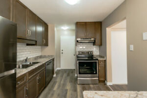 **NEWLY RENOVATED** GORGEOUS 2 BEDROOM TOWNHOUSE !!