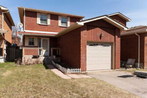 Detached House In Sought After Heart Lake West Location