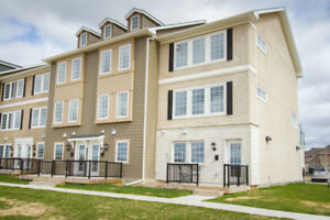EXECUTIVE TOWNHOME CONDO IN SAGE CREEK: LOADED WITH UPDATES