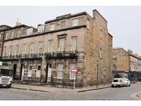 3 bedroom flat in Walker Street, West End, Edinburgh, EH3 7NE