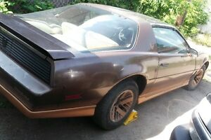 1987 TRANS AM FULLY LOADED LOW MILEAGE GREAT BODY