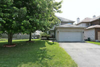 3+1 bedroom home on a reverse pie-shaped lot in BARRHAVEN