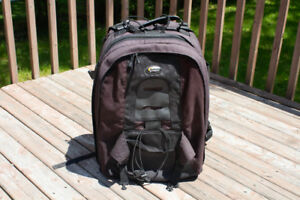 Lowepro Computrekker Plus AW - big camera + laptop backpack