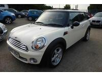 MINI 1.6 COOPER AUTOMATIC, CHILI PACK, PANO ROOF, STUNNING CAR