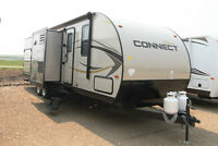 HAS GOT TO GO!  TRIPLE BUNK TRAVEL TRAILER WITH AN ISLAND