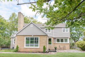 Large Renovated Family Home - Beamsville