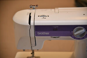 Brother XL5500 42-Stitch Function Free Arm Sewing Machine Used