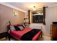 Beautiful Room in Tranquil Square