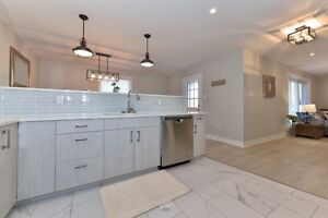 North London,new, furnished, short term rent, private bathrooms. London Ontario image 5