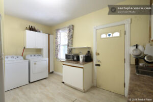 Room in Centretown -Ideal for uOttawa & Carleton Students -Jan 3