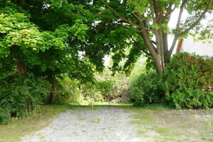 Lot in Southampton close to the Beach and Downtown
