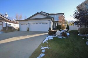 IMMACULATE 2 STOREY WITH TRIPLE GARAGE
