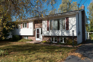 PERFECT FOR THE GROWING FAMILY IN SUSSEX, NB!!