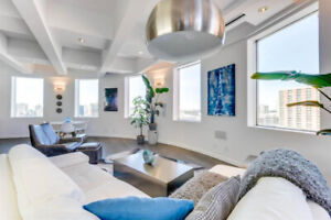 SPECTACULAR LUXURY LOFT IN THE HEART OF DOWNTOWN!